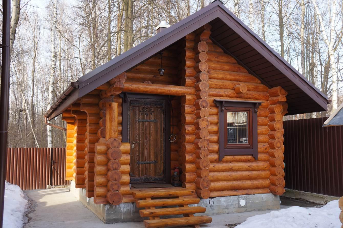 Бревенчатое строение – классический вариант русской бани